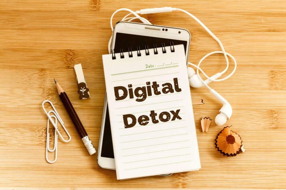 「記憶力 低下 デジタルデトックス」