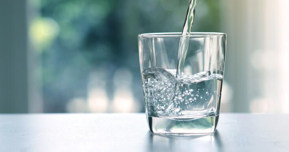 記憶力をアップする食べ物 飲み物 水